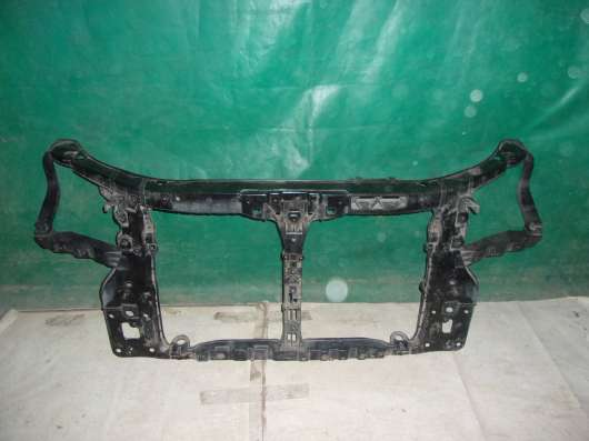 Передняя панель радиатора (TV) Sportage 2