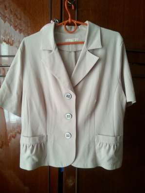 Блузки и юбки для женщины 48-50 размера