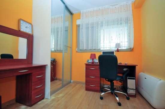 Апартамент с 3 спальнями в Будве - Розино в г. Будва Фото 1