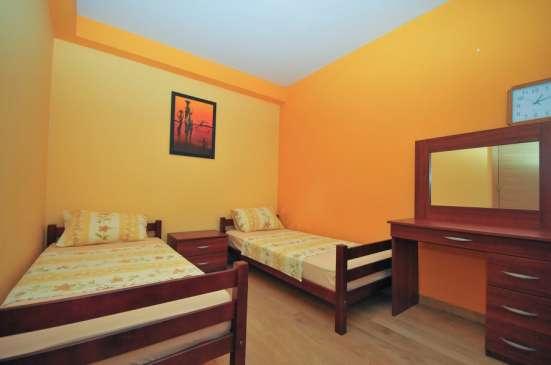 Апартамент с 3 спальнями в Будве - Розино в г. Будва Фото 3