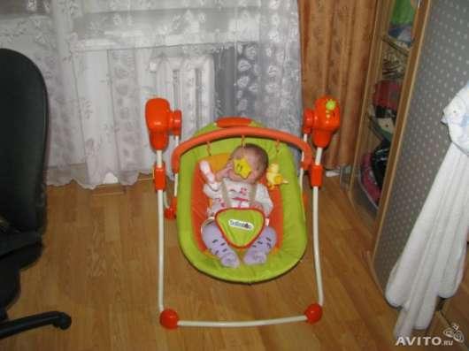 Прокат, электрокачеля детская, Бебетон, оранжевая в Барнауле Фото 2