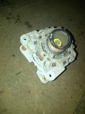 Renault Sandero генератор 1.6 K7MF710