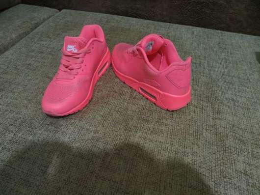 Кроссовки женские новые 37 размер Nike продам в Воронеже Фото 1
