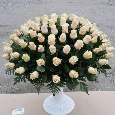 В Липецке 101 роза Фото 3