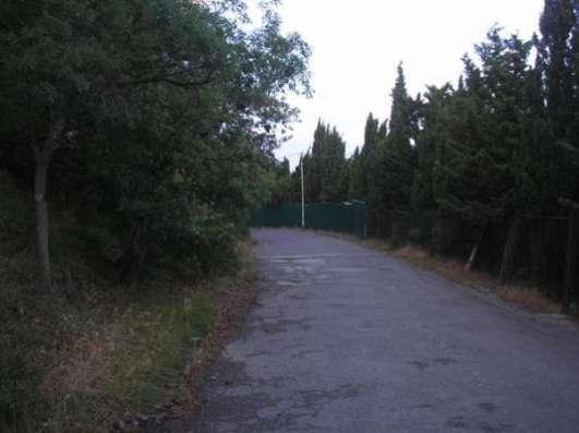 Продается участок в Алупке, Ялтинский район .