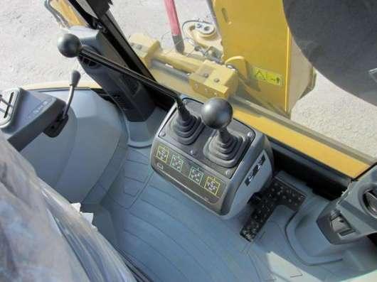 Экскаватор-погрузчик CAT 428F, 12 м/ч, НОВЫЙ х 2 шт.