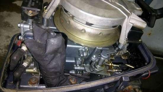 Продам лодочный мотор YAMAHA 8,S (381 мм), из Японии,2-х та