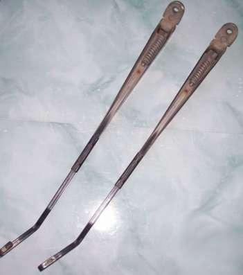 Поводок стеклоочистителя Москвич 2141 (пара)
