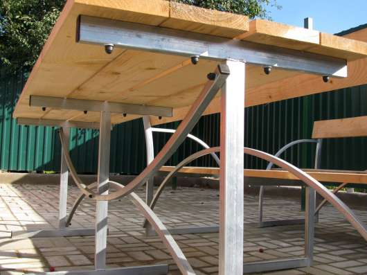 Продам летние лавки и стол в Курчатове