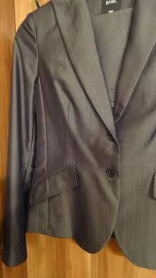Деловой пиджак (торг уместен)