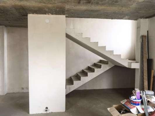 Продам дом 664кв. м. с четырьмя 2-уровневыми квартирами