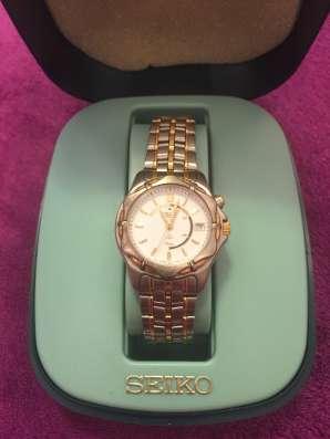Женские наручные часы Seiko Kinetic