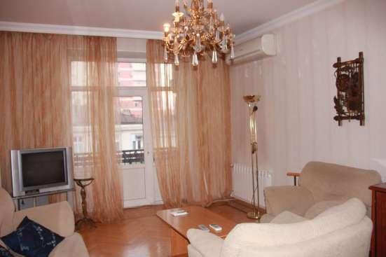 3х-комнатная квартира в центре Баку ПОСУТОЧНО Фото 1