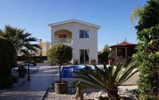 Четырехкомнатная Вилла в престижном районе Пафоса-Кипра